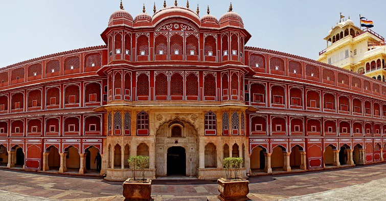 Jaipur - A Guide for Travelers to the Pink City