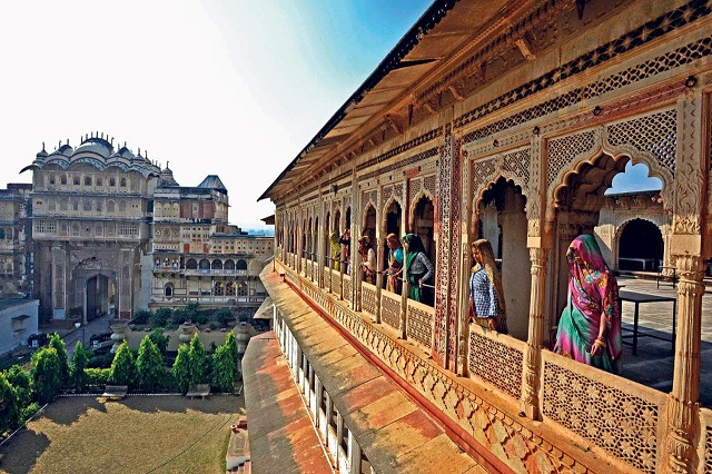 top 10 reasons why india should be your next travel destination or