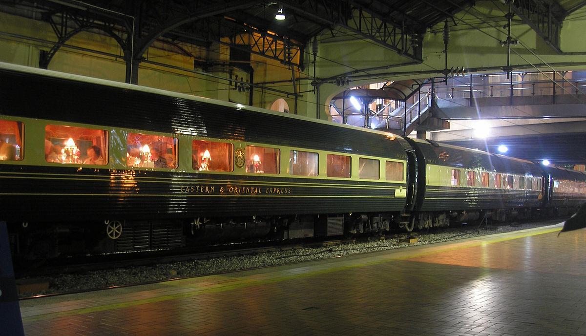 Top 10 Luxury Train in the World - Deccan Odyssey Blog